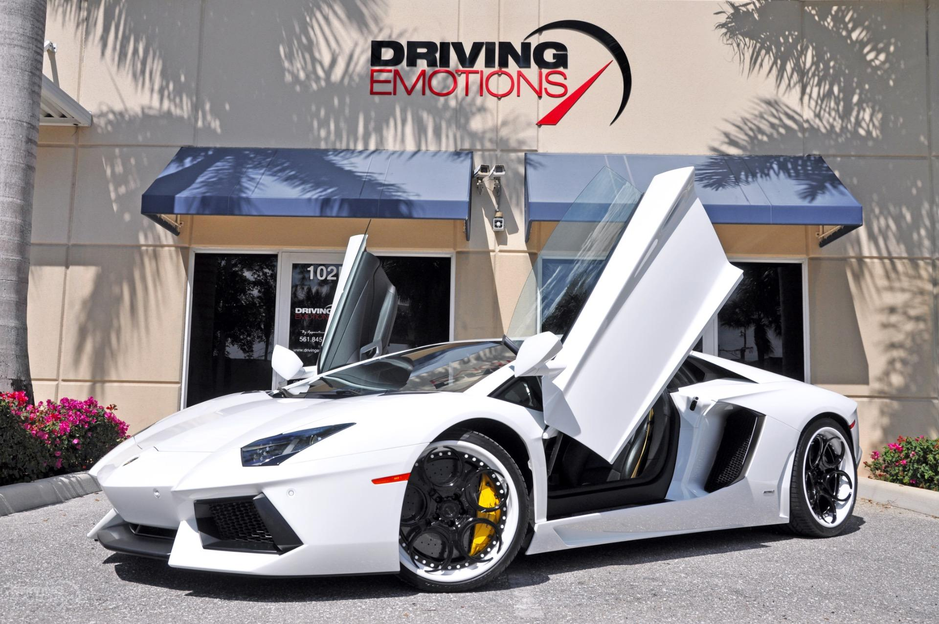 2012 Lamborghini Aventador LP700-4 Coupe 2-Door: 2012 LAMBORGHINI AVENTADOR LP700-4 COUPE! ADV1 WHEELS! SPORT EXHAUST! LOW MILES!