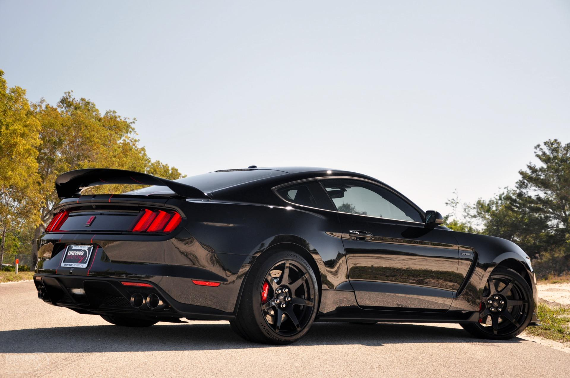 gt350r mustang shelby ford info contact
